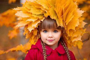 Cuộc sống của bé gái Nga được mệnh danh đẹp nhất thế giới