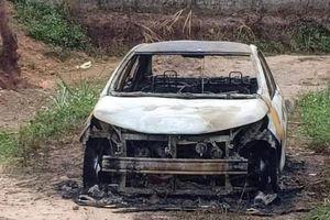 Điều tra vụ chém người trọng thương rồi đốt xe ô tô cháy rụi