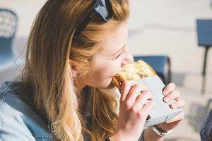 3 sai lầm khủng khiếp khi ăn bánh mỳ