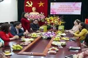 Liên đoàn Lao động quận Hoàn Kiếm hưởng ứng 'Tuần lễ áo dài' năm 2021
