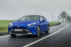 Toyota Mirai 2021 ra mắt tại châu Âu, diện mạo hoàn toàn mới
