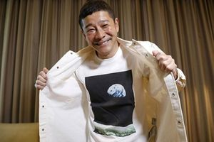 Tỷ phú Nhật Bản tìm kiếm 8 người bạn đồng hành cho chuyến du hành vũ trụ