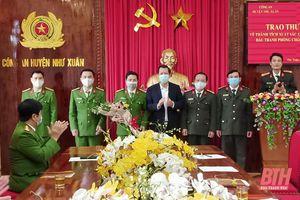 Thưởng đột xuất cho Công an huyện Như Xuân vì có thành tích xuất sắc trong đấu tranh với tội phạm công nghệ cao
