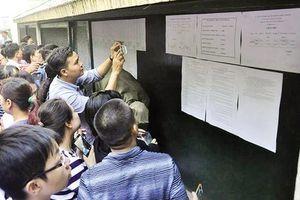 Thi vào lớp 10 tại Hà Nội: Sức ép 'căng hơn đại học' đến từ đâu?