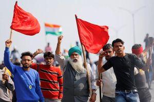 Nông dân Ấn Độ phong tỏa đường phố, đánh dấu 100 ngày biểu tình