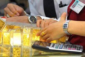 Vàng SJC cao hơn giá vàng thế giới gần 9 triệu đồng/lượng