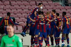 Barcelona xoay chuyển tình thế: Vì đâu?