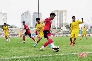 Hồng Lĩnh Hà Tĩnh thắng Sông Lam Nghệ An ở trận giao hữu thứ 2