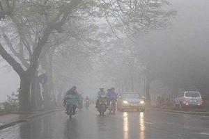 Thời tiết nồm ẩm tại Hà Nội còn kéo dài trong nhiều ngày