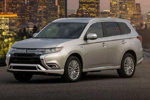 Mitsubishi Outlander PHEV 2021 từ 967 triệu đồng có gì 'hot'?