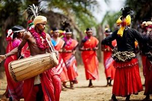 Rộn ràng vũ điệu trống Ấn Độ