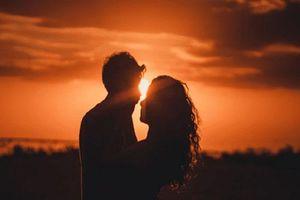 Trong mối quan hệ tình cảm, nếu một người đàn ông chưa cho bạn ba điều này thì hãy ngừng yêu