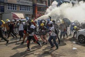 Áp lực trừng phạt quân đội Myanmar ngày càng gia tăng