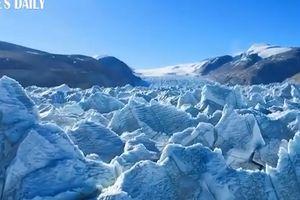 Sông băng trên núi dễ tiếp cận nhất ở Tây Tạng