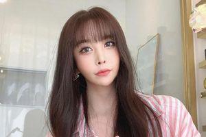 Ca sĩ chuyển giới đầu tiên của Hàn Quốc đáp trả khi bị kỳ thị