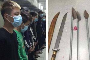 Hà Nội: Mâu thuẫn trên Facebook, nhóm đối tượng mang hung khí chém nhầm khiến 1 người tử vong