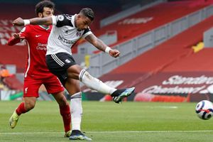 Liverpool thua 0-1 Fulham trên sân nhà