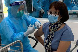 Chưa ghi nhận phản ứng sau tiêm vaccine phòng Covid-19