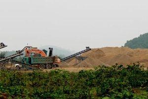 Lợi dụng dự án nạo vét để khai thác cát?