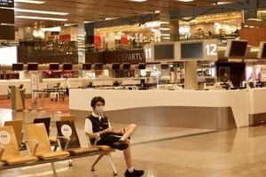 Nóng lòng phục hồi trong đại dịch, Singapore Airlines thí điểm thẻ thông hành Covid-19 điện tử