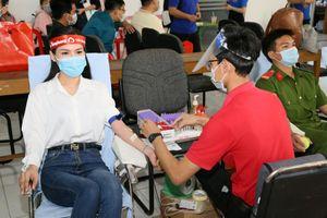 Ngày hội Chủ nhật Đỏ TP. Cần Thơ vận động 518 đơn vị máu