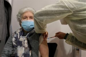 EU nhận được 100 triệu liều vaccine mỗi tháng trong quý 2