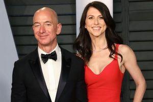 Vợ cũ của tỷ phú Jeff Bezos tái hôn
