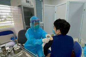 377 người đầu tiên tiêm vaccine Covid-19 chưa ghi nhận phản ứng sau tiêm