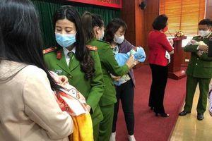 Khởi tố 8 kẻ trong đường dây thuê nhà nuôi trẻ sơ sinh để bán sang Trung Quốc