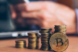 Giá Bitcoin hôm nay ngày 8/3: Bitcoin quay trở lại mốc 50.000 USD sau khi gói hỗ trợ 1.900 tỷ USD được Thượng viện Mỹ thông qua