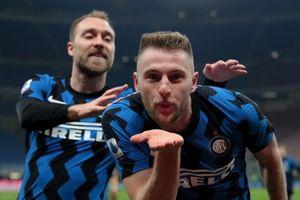 Inter Milan tái lập khoảng cách 10 điểm với Juventus