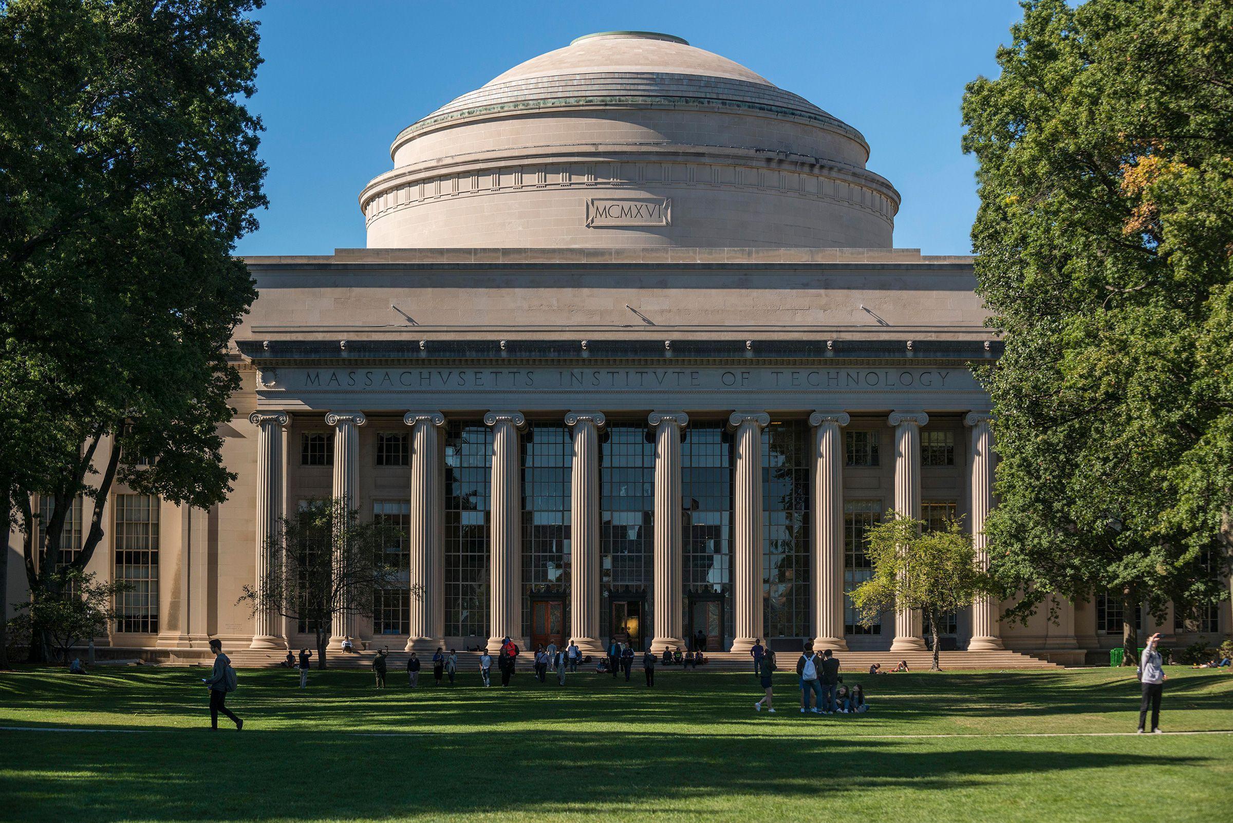 10 đại học hàng đầu thế giới năm 2021