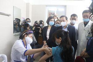 Hà Nội ngày đầu triển khai tiêm vaccine Covid-19