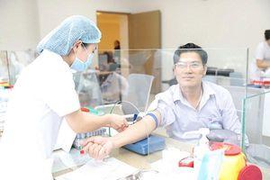 Tăng cường quản lý khám sức khỏe trong bối cảnh dịch COVID-19