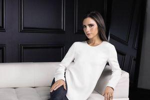 Victoria Beckham kêu gọi dân tình 'đốt hết áo lót' mừng ngày 8/3