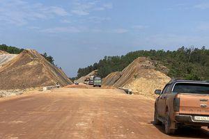 Thông tuyến cao tốc La Sơn-Cam Lộ