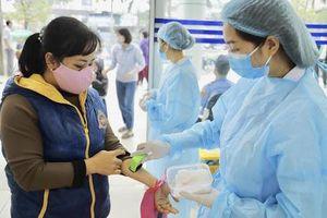 Quản lý chặt việc khám sức khỏe trong bối cảnh dịch COVID-19
