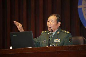 Tướng diều hâu PLA La Viện tuyên bố: 'Trung Quốc trỗi dậy cần có gậy đánh chó hạng nhất'