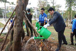 Khánh thành công trình 'Vườn cây tuổi trẻ'