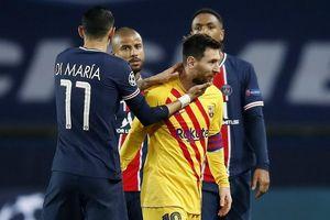 Messi lập siêu phẩm, Barcelona vẫn dừng bước tại Champions League.