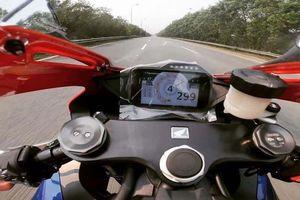 Tài xế Honda CBR phóng 'bạt mạng' gần 300km/h trên Đại lộ Thăng Long