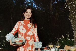 Selena Gomez diện váy Gucci giống Áo Dài trên tạp chí Vogue, fan Việt sướng rơn