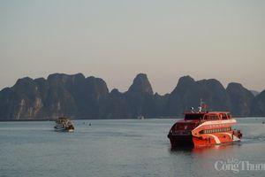 Quảng Ninh mở lại các hoạt động kinh doanh có điều kiện từ 11/3