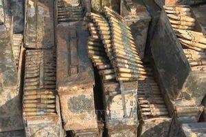 Đồng Tháp: Phát hiện trường hợp trục vớt lượng lớn đạn, tháo vỏ bán phế liệu
