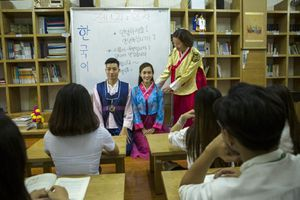 Tiếng Đức, Hàn là ngoại ngữ 1: Tiệm cận nhu cầu nhân lực, tuyển sinh