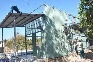Cưỡng chế 3 công trình xây dựng trái phép trên đất công