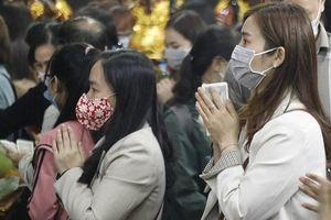 Hà Nội: Ngày mùng 1 tháng 2 âm lịch, lượng khách đi lễ tại các di tích tăng cao