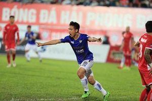 CLB Hà Nội thắng trận đầu tiên