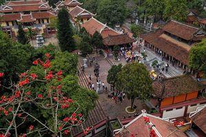 Trẩy hội chùa Hương mùa COVID-19