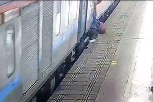 Người phụ nữ bị tàu hỏa kéo lê ở Ấn Độ